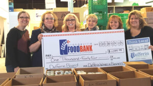 Service organizations, companies, congregations, and sports teams have all played a huge role in the struggle against hunger in southern Arizona. If you are looking for ways to have your organization or team do something meaningful for the community, you'll find several good ideas below. Volunteer as a Team Donate or Sponsor Our