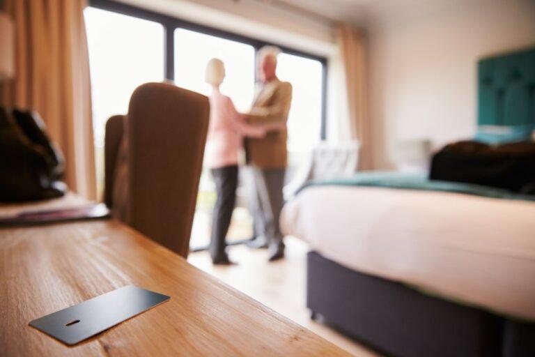 older-couple-dancing-in-hotel