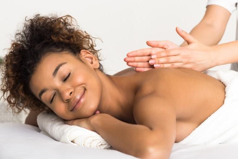 woman-massage