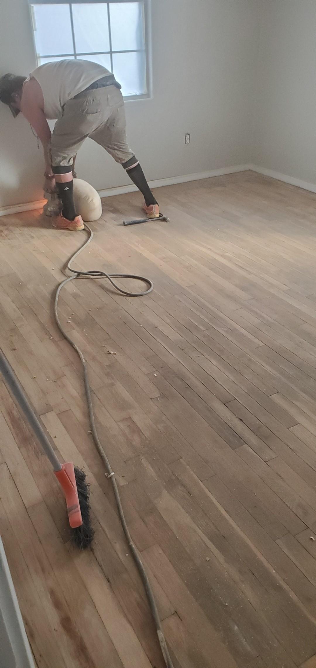 flooring-before-2
