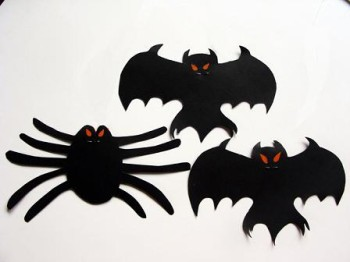Manualidades para Halloween - Movil de murcielagos