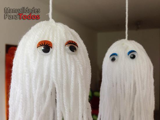 Fantasmitas de Halloween de lana