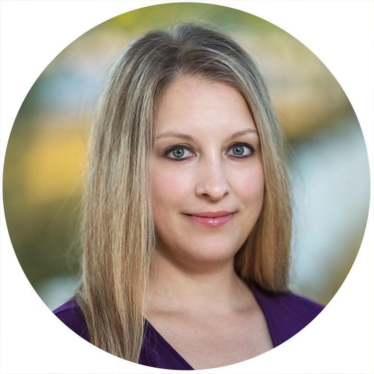 Cristy Holmes Realtor - Wood Real Estate Team