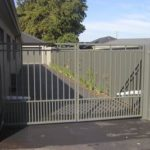 Gate Double auto powdercoat square alum (dog proof)
