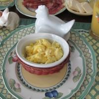 Seriously yummy rich scrambled eggs – dairy free