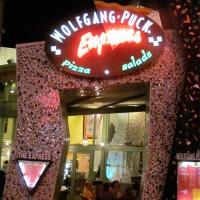 Wolfgang Puck Express dining review