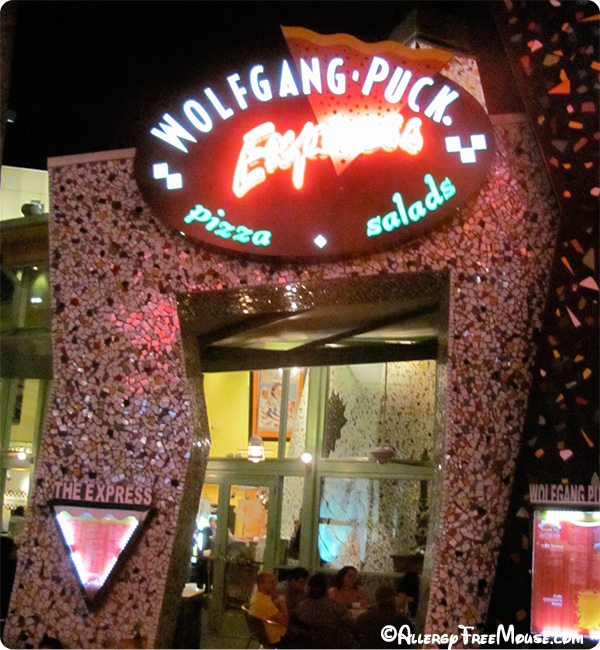 Wolfgang Puck Express - West Side - Downtown Disney