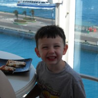 Quick service allergy free pizza on Disney Cruise deck