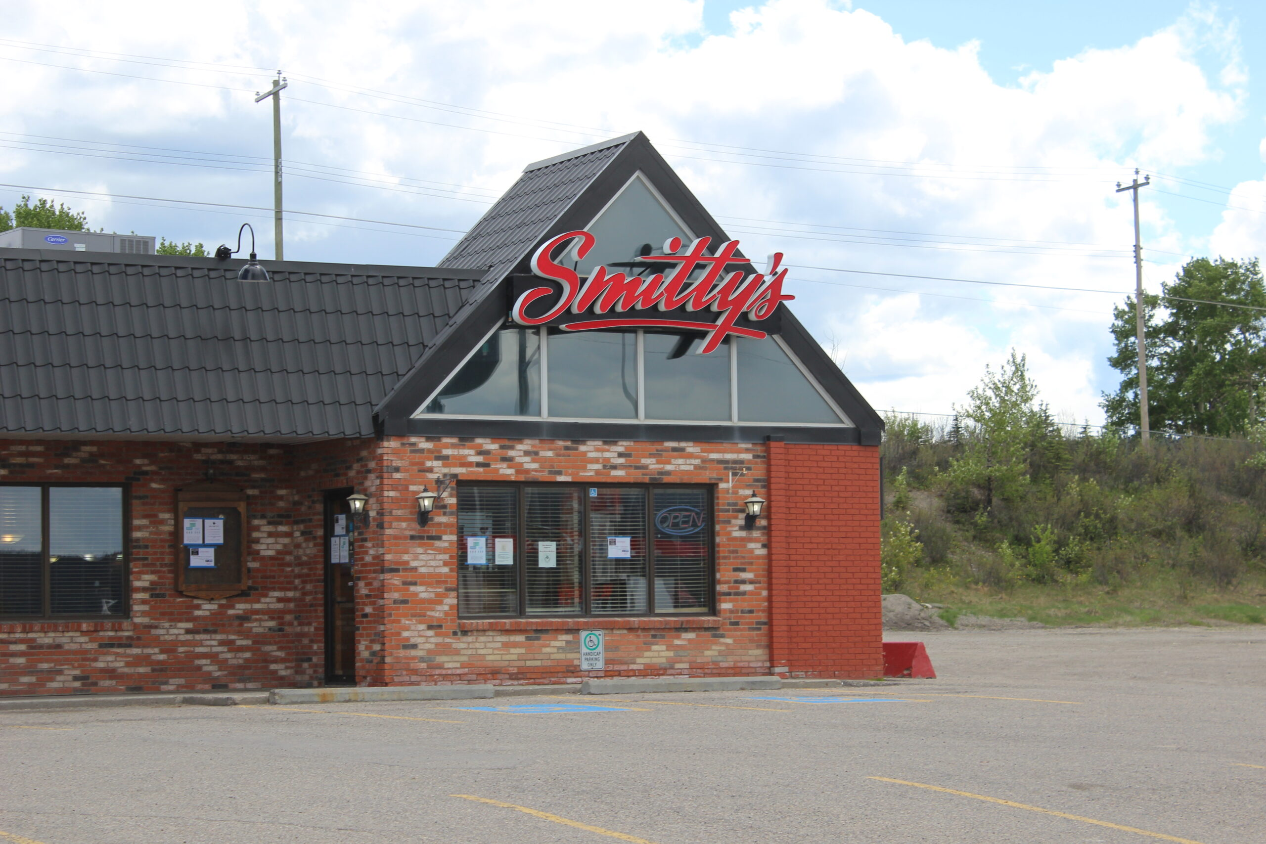 Smitty's Hinton