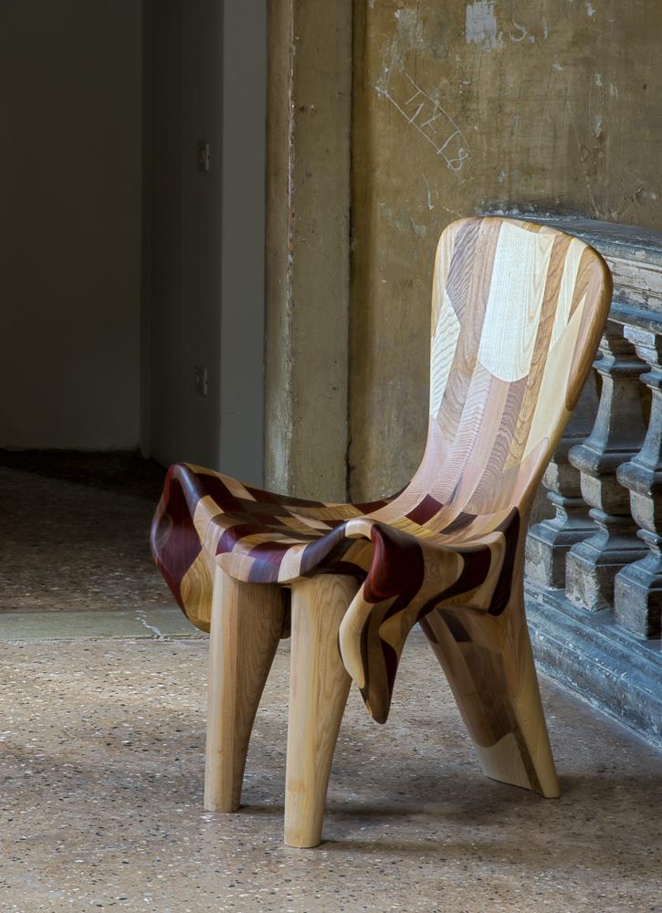 Couple-Chairs-at-15-Venice-Architecture-BiennaleBeatriz-Gerenstein-7