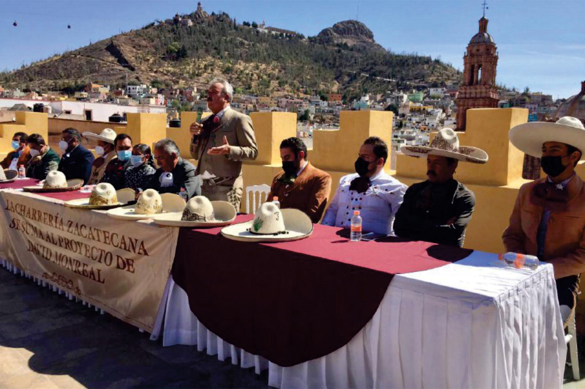 Charros zacatecanos se pronuncian a favor de David Monreal
