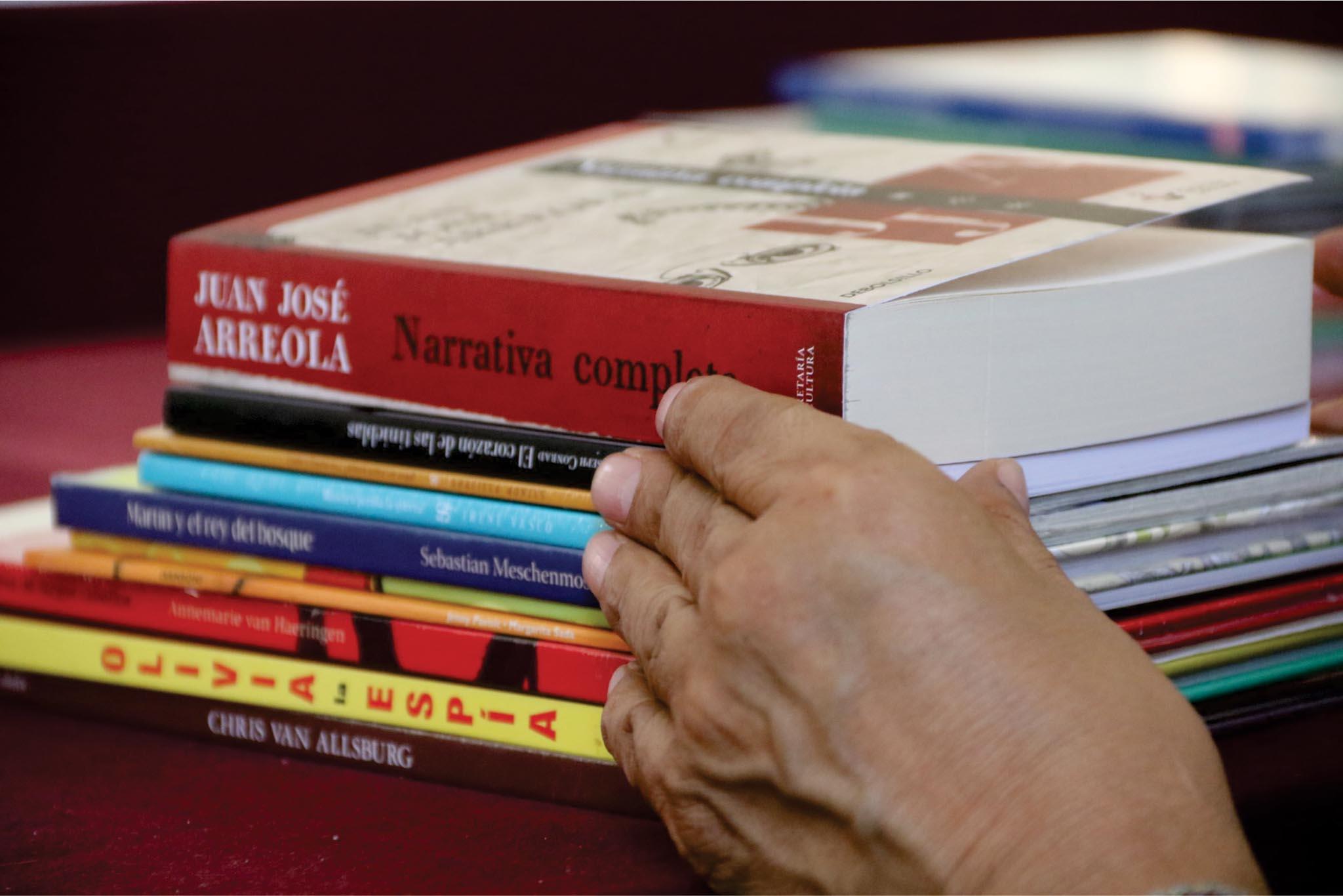 Invita IZC a formar parte del programa nacional de salas de lectura