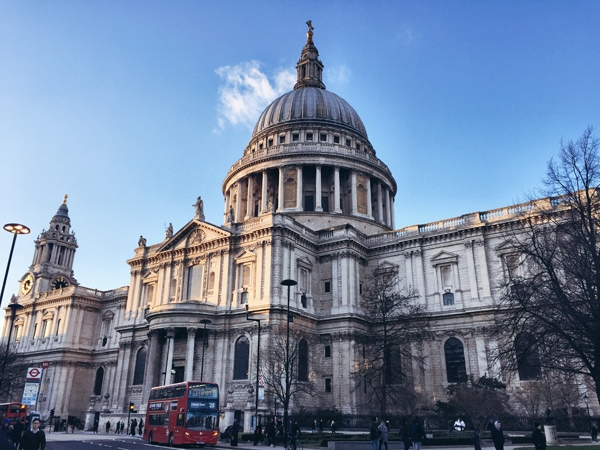 Copyright_Claire_Etchell_NakedPRGirl_St_Pauls_Cathedral
