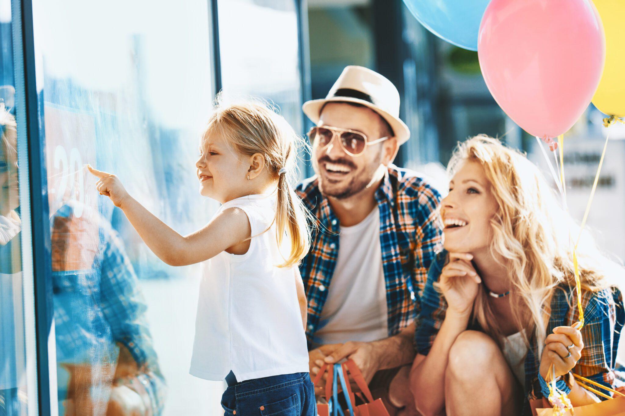 Family enjoying shoppQing