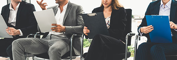 Top 5 reasons to hire an Executive Recruiter