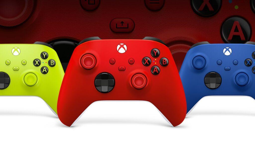 Xbox Boss Praises The DualSense, Hints At Potential Controller Improvements