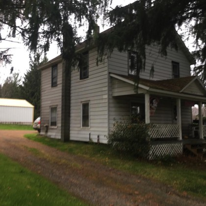 3 bedroom home with large back yard! There are 2 garages, one is 30x26 and a large pole garage 40x26. Very close to groomed snowmobile trails. Owners are ready to deal. Call today!