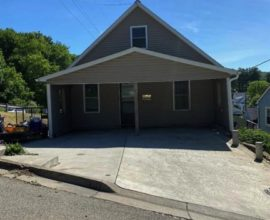 This 3 bedroom 2 bath home has lots of room to expand.