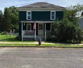 H69 - This 3 bedroom 2 bath home sits on a quiet village dead end street.