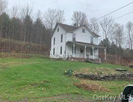 H15 - Great fixer-upper in a great location for a great price!