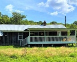 H41 -  COMPLETELY RONOVATED, Country Setting , Perfect get away!