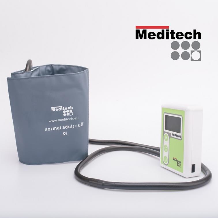 Light ambulatory blood pressure monitor ABPM-05