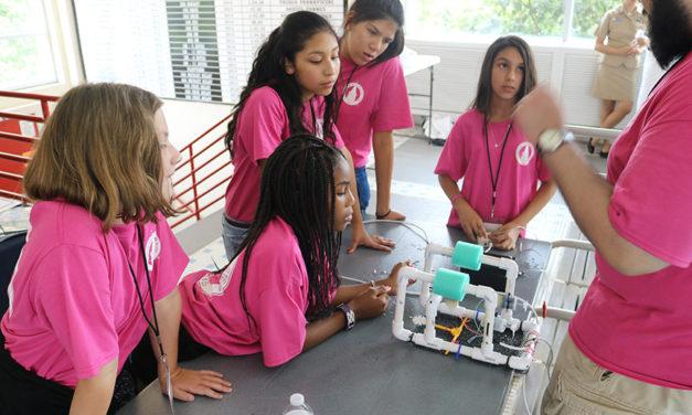 MiniGems Camp Turns Middle School Girls into Scientists