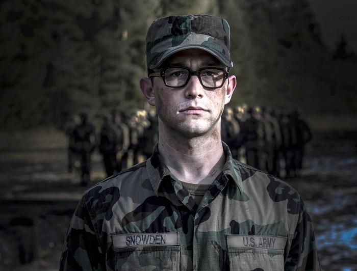 Snowden (Snowden: Herói ou Traidor) - 2016