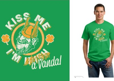 Kiss Me I'm a Vandal | Screen Printing