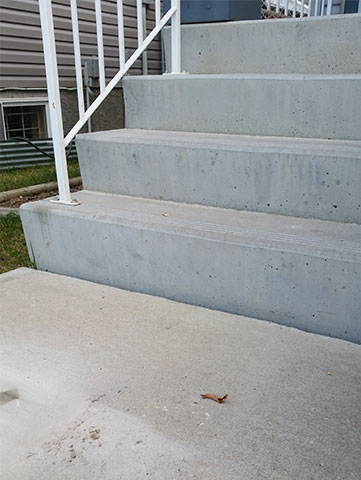 Gap in Stairs After