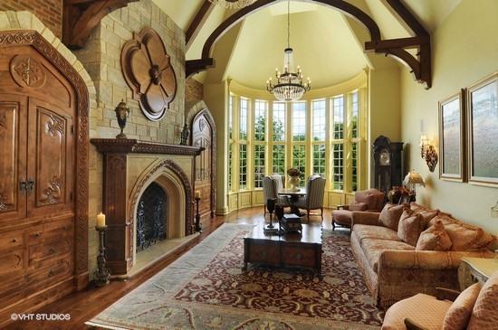Cris Great Room