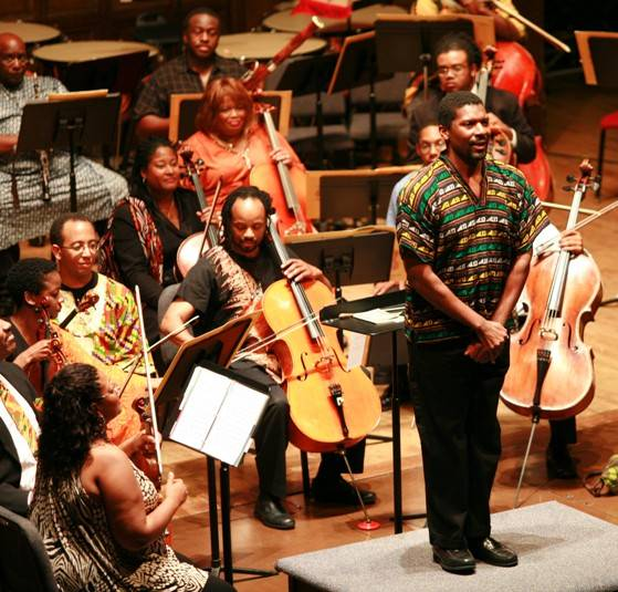 Amadi Hummings acknowledging the audience – Gateways Music Festival Orchestra