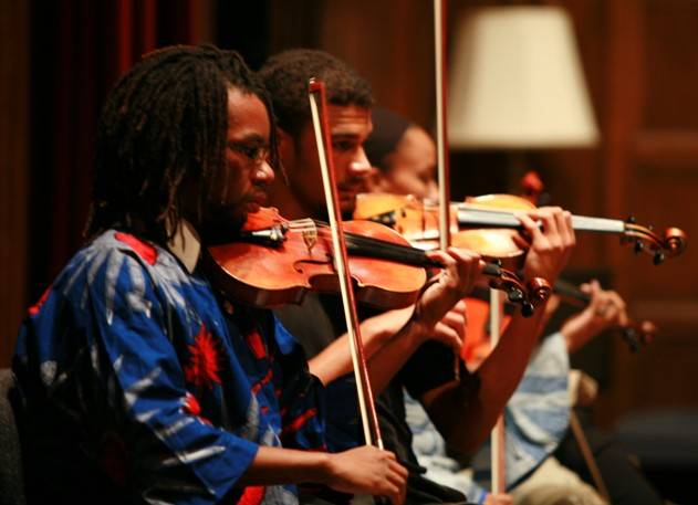 Violinist Curtis Stewart (right) and Robert Murphy (left)