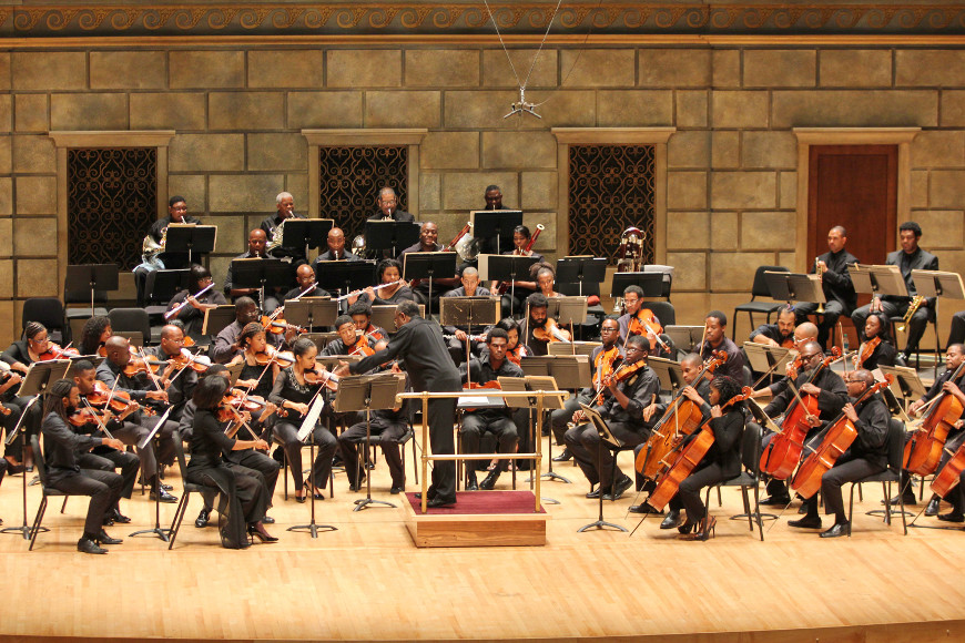 [49] 2013 Gateways Music Festival Orchestra Concert in Kodak Hall at Eastman Theatre, conducted by Michael Morgan