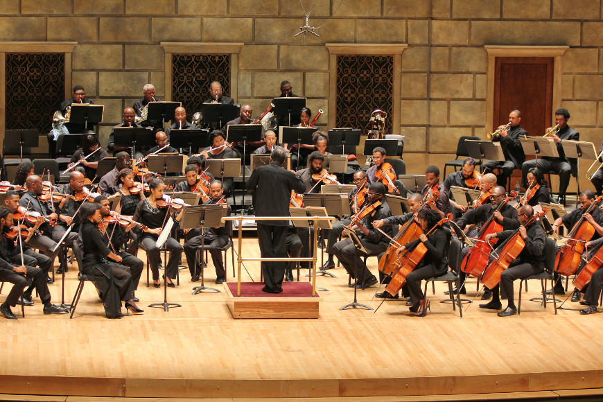 [52] 2013 Gateways Music Festival Orchestra Concert in Kodak Hall at Eastman Theatre, conducted by Michael Morgan