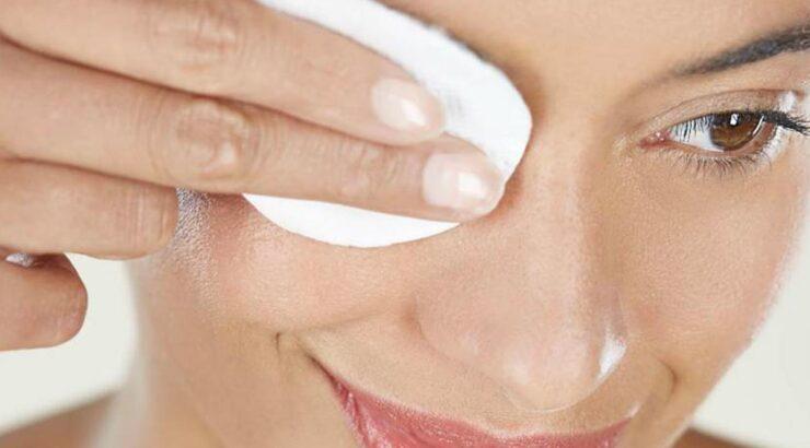 Limpieza de párpados para prevenir la blefaritis