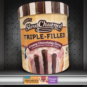 Dreyer's Slow Churned Triple Filled: Creamy Chocolatey Cores