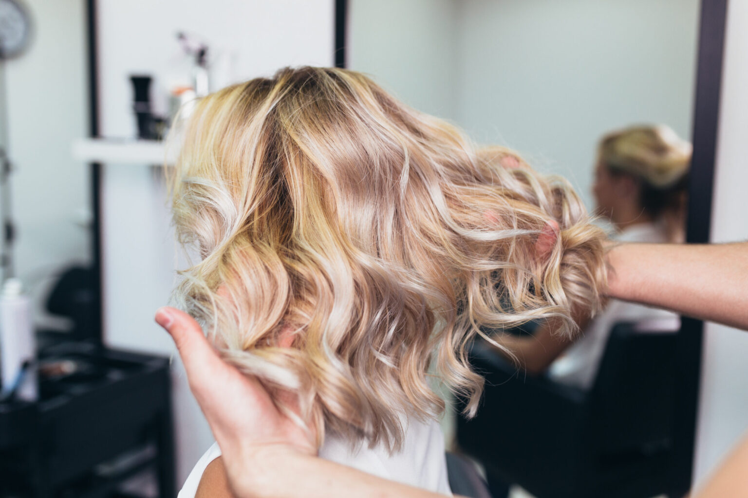 Highlighted blonde curls