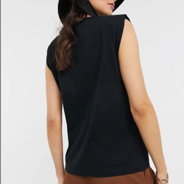Black sleeveless relaxed t-shirt with shoulder pad