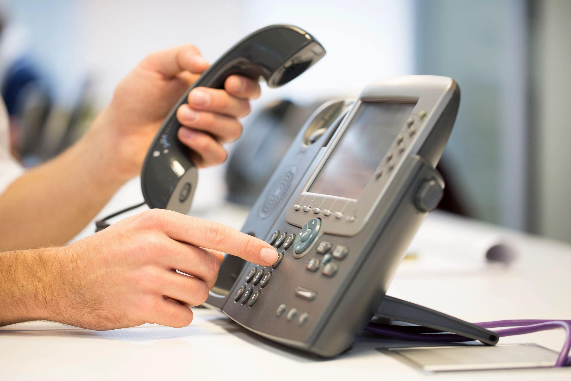 VoIP PBX On-Prem vs Hosted