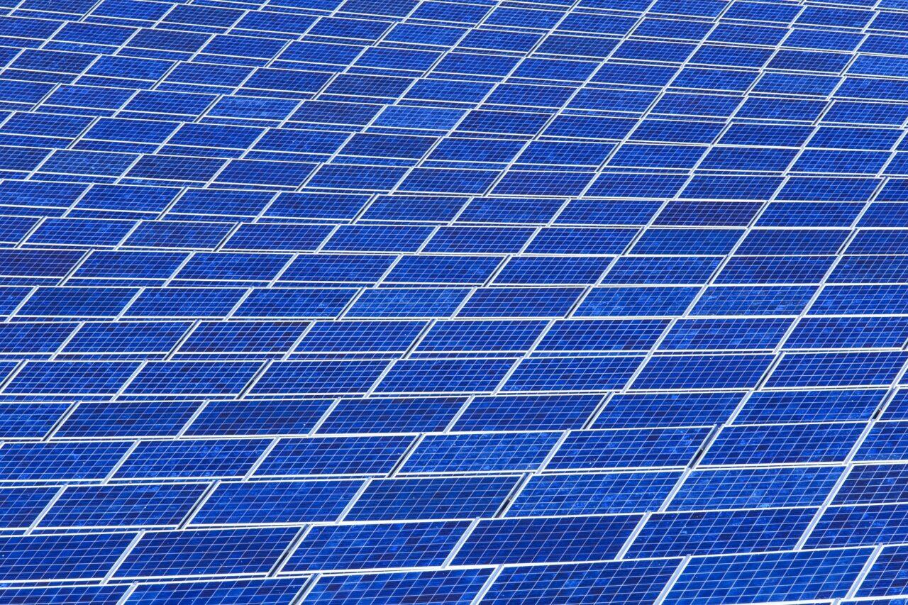 solar-panel-array-1916121_1920
