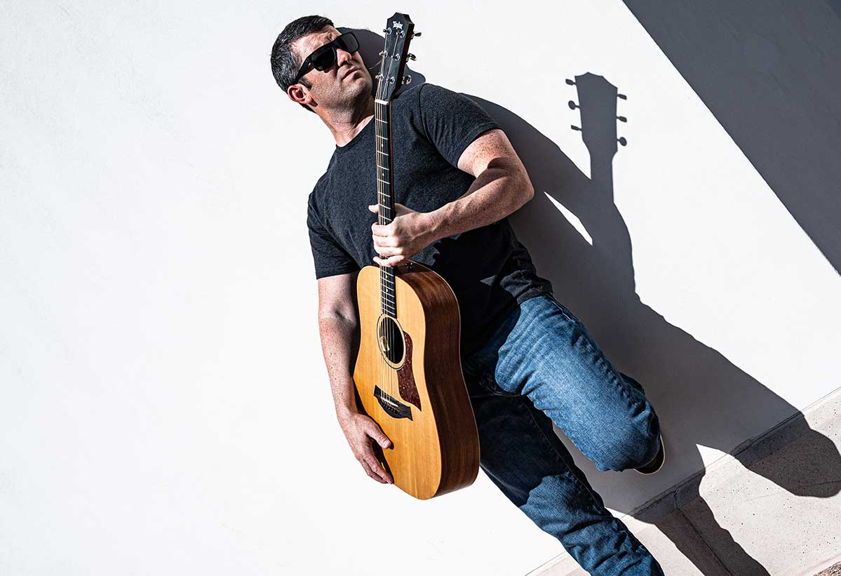 GuitarMadeEZ - Electric Guitar Teacher & Guitar Lessons Online