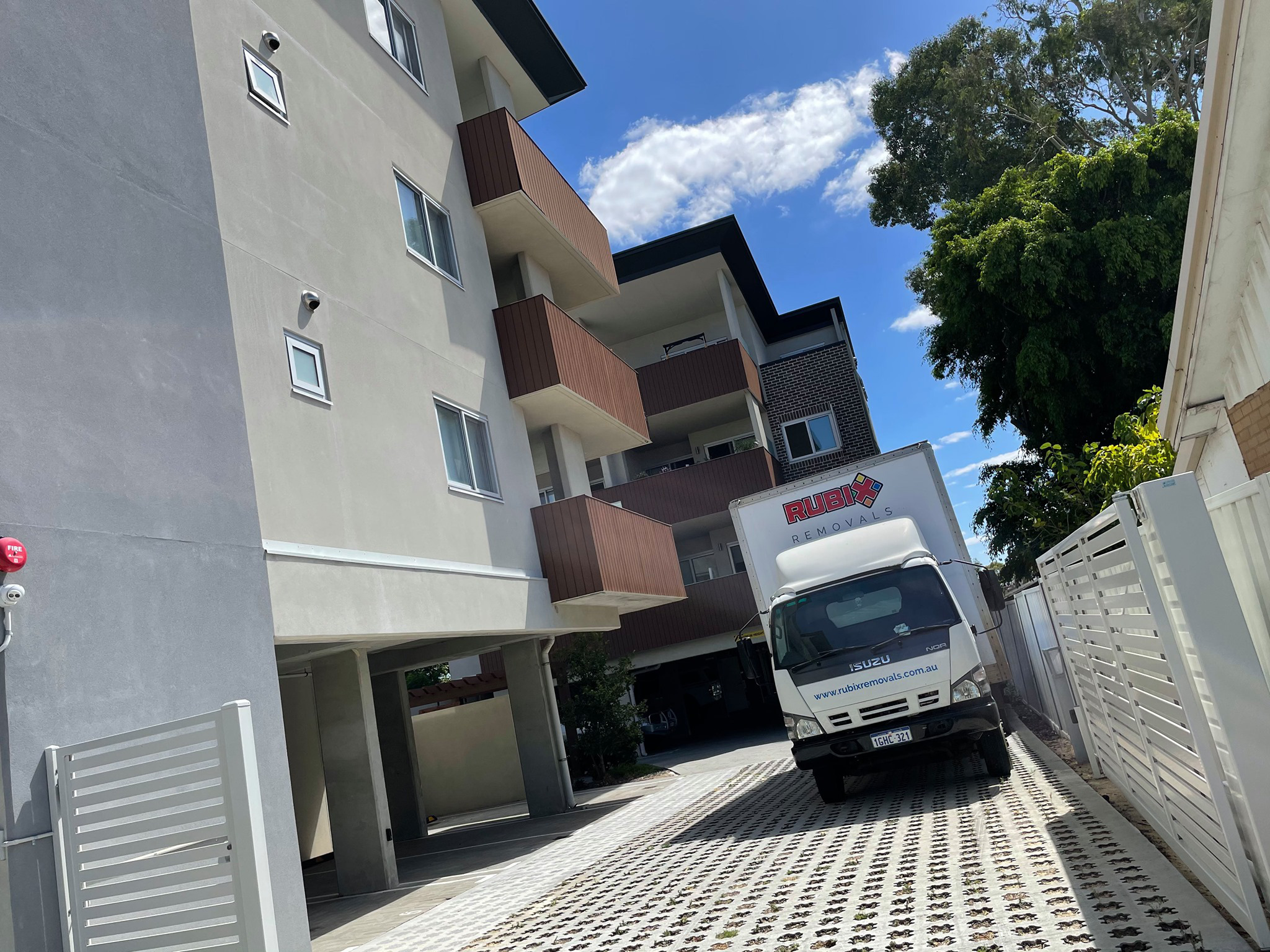 House-removals-perth