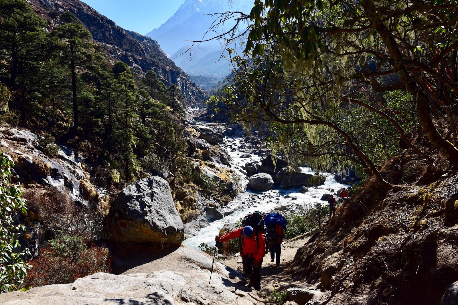 尼泊爾  PART2  Everest Base Camp  勇喘聖母峰基地營  丁波崎-羅波崎-樂高雪