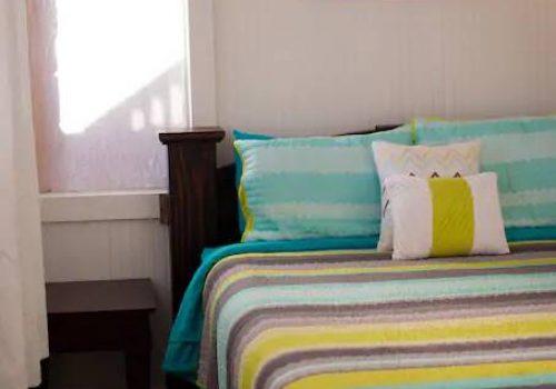 Sweet-Dreams-On-This-Cozy-Bedroom