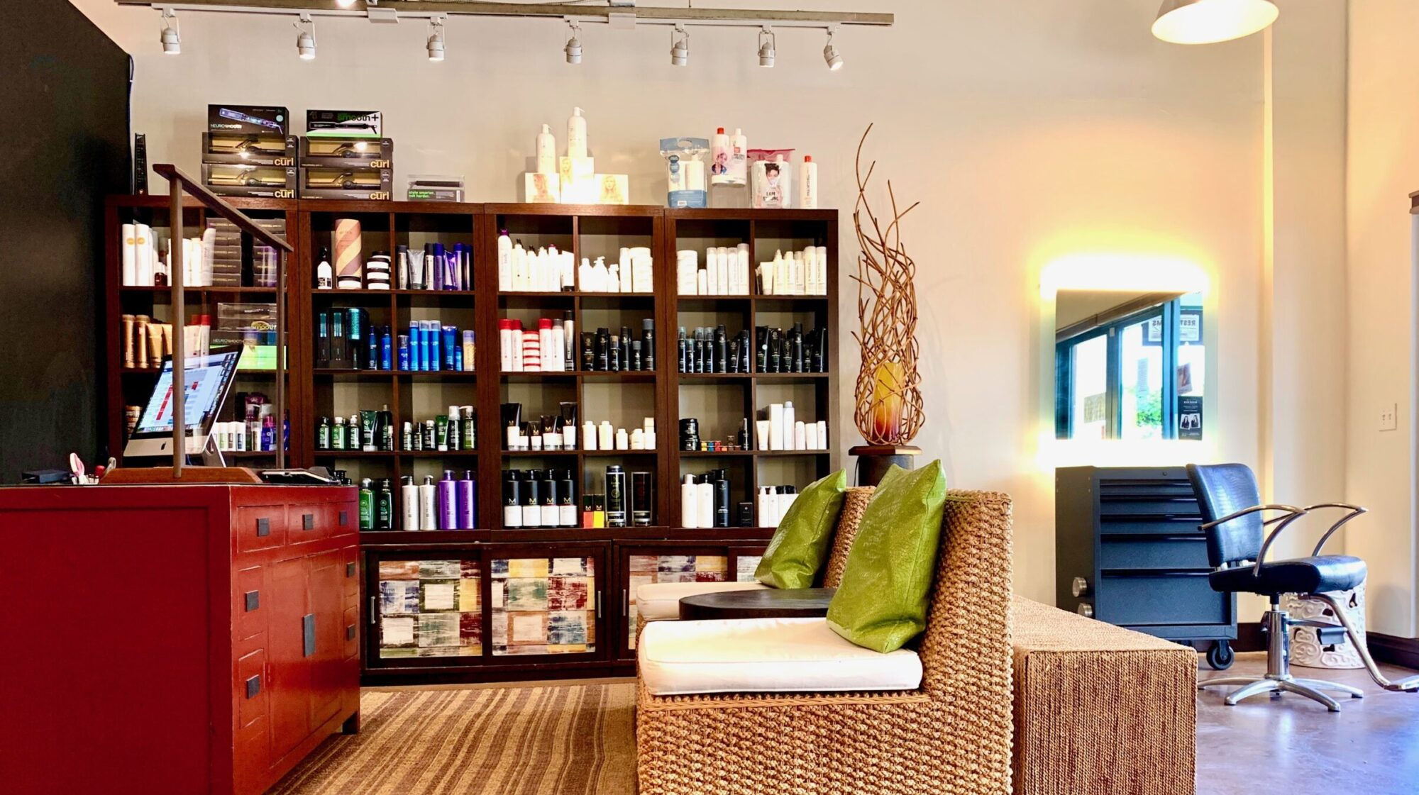The Hair Hale Salon & Dry Bar