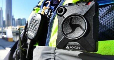 Cải cách luật về máy ảnh đeo trên người cảnh sát Victoria