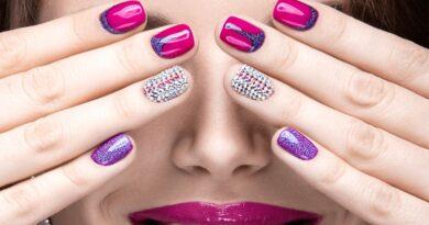 Luật mới ảnh hưởng đến nghề nail của người Việt, tiệm nail không được phép làm khoán như hiện nay