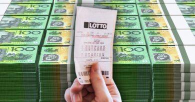 Người trúng xổ số $1 triệu đôla Úc đem tặng gần hết; Câu chuyện tuyệt đẹp đằng sau…