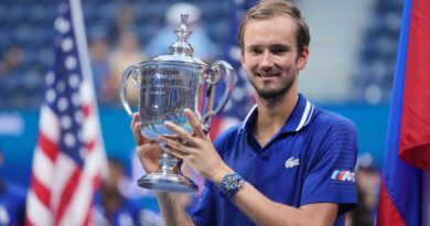 Đánh bại Djokovic, Medvedev lần đầu vô địch US Open